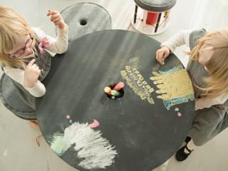 minimalistische Kinderkamer door NaNowo Industrial Design