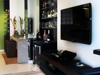 Interiors & Furniture design Modern media room by Carol Weston Architecture & Interiors Modern