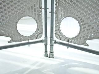 Parawan w ramie z rur hydraulicznych od NaNowo Industrial Design Minimalistyczny