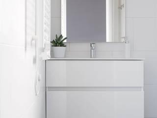 Baños de estilo  por NOEM
