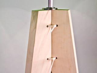 Light Emitting Fake Plastic Tree:   von breadedEscalope