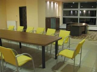 Gabinet i sala konferencyjna od Akson Meble Biurowe Klasyczny