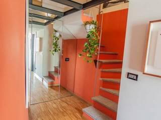 Pasillos y vestíbulos de estilo  de UAU un'architettura unica