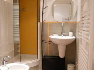 UAU un'architettura unica Salle de bain moderne