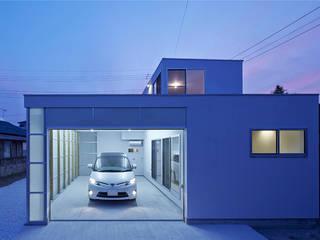 桂川(けいせん)の住宅 モダンな 家 の MASAAKI TAKAHASHI architects モダン