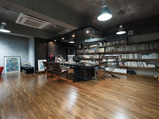 Stardom Entertainment Office : D·LIM architects의  회사