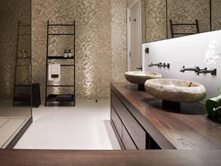 Hertfordshire Home Modern bathroom by Alessandro Isola Ltd Modern