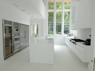 Moderne Küchen von Designed By David Modern