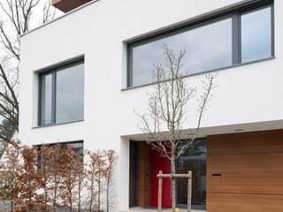 Eingang: moderne Häuser von bdmp Architekten & Stadtplaner BDA GmbH & Co. KG