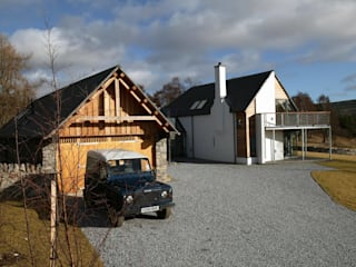 Midport Steading, Grantown-on-Spey, Scotland Modern houses by HRI Architects Ltd, Inverness, Scotland Modern
