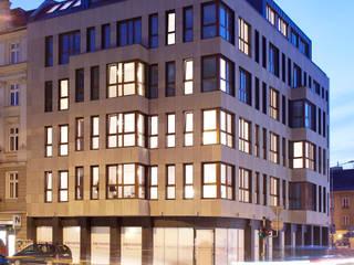 Casas de estilo  por Easst.com, Clásico