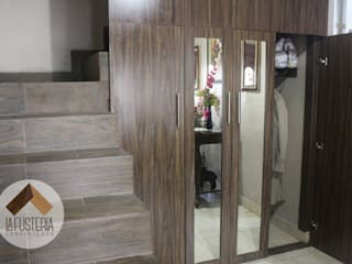 La Fustería - Carpinteros Pasillos, vestíbulos y escaleras de estilo moderno