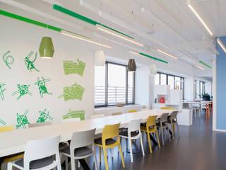 Neues Headquarter von Benetton in Deutschland Moderne Geschäftsräume & Stores von Jazzunique GmbH Modern