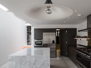 Photography for Trevor Brown Architect - House in North London Cocinas modernas de Adelina Iliev Photography Moderno