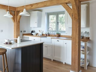 The Herefordshire Cottage Shaker Kitchen by deVOL deVOL Kitchens Country style kitchen