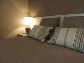 Apartamento c/ 2 quartos - Setúbal: Quartos  por Traço Magenta - Design de Interiores