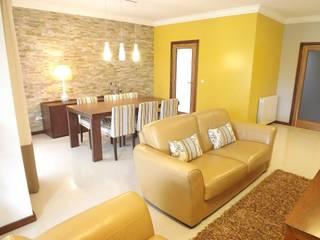 Moradia - Vale de Lobos, Sintra: Salas de estar  por Traço Magenta - Design de Interiores