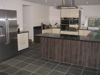 Cuisine de style  par Floors of Stone Ltd, Moderne