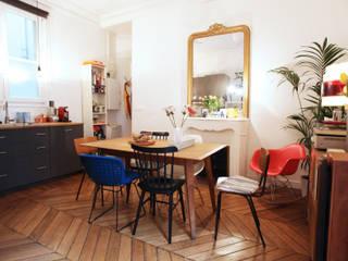 Rénovation complète d'un appartement : Cuisine de style  par NELSON Architecture Intérieure & Design