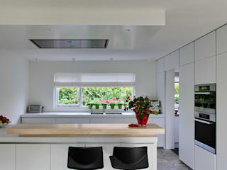 Kitchen by Leonardus interieurarchitect