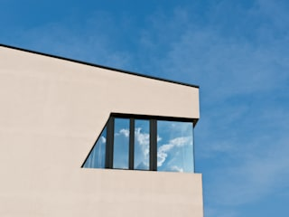 Rasty House Case in stile minimalista di BxFstudio Minimalista