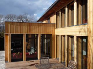 La terrasse: Maisons de style de style Moderne par Atelier Wolff & Associés