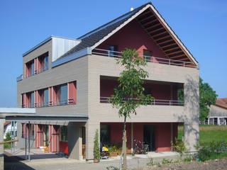 Einfamilienhaus Minergie P Fam.  Schirmer:   von Stöckli Grenacher Schäubli AG Michael Graf dipl. Arch. FH SIA STV