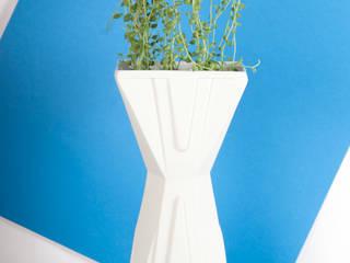 Vase OLHO:  de style  par Cécile Mestelan