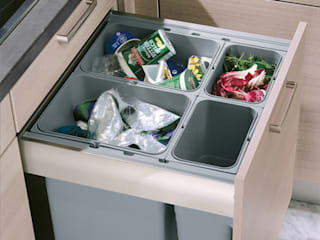 Pull out waste bins Urban Myth KitchenStorage