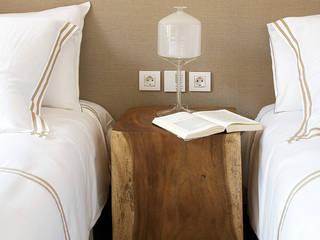 Mediterranean style bedroom by adela cabré Mediterranean