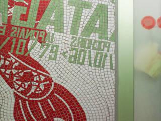 Koï: Salle de bains de style  par atelier lilikpó