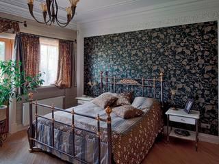 classic Bedroom by Studio B&L