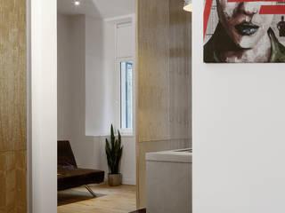 KPS_L Apartment renovation in Fshain, Berlin Cucina moderna di RARE Office Moderno