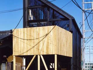 ◆ファサード◆ オリジナルな 家 の スタジオ4設計 オリジナル