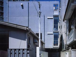 Rumah Modern Oleh スタジオ4設計 Modern