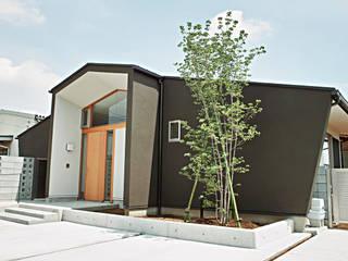 風の抜ける家 モダンな 家 の スタジオ4設計 モダン