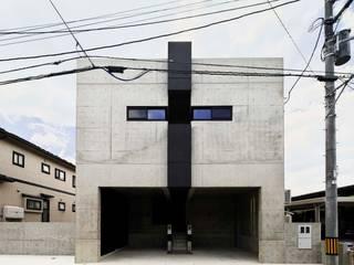 蔵のようなコンクリート住宅 モダンな 家 の スタジオ4設計 モダン