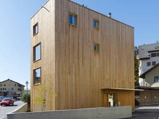 Haus Blarer: moderne Häuser von Blarer & Reber Architekten
