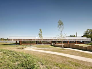 by SOLID architecture ZT GmbH Modern