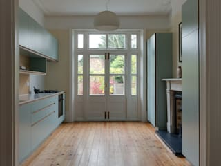 Crouch End Kitchen Modern kitchen by Powell Picano Modern
