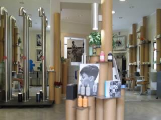 RE-SPY 3 CARDBOARD DESIGN RECYCLING FROM ARCHITECT TO ARCHITECT Fuori Salone 2012 MILANO - BRERA DESIGN DISTRICT Allestimenti fieristici in stile industrial di DE CARLO ARCHITETTI Industrial