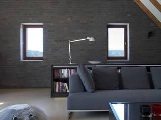 Klasyczny salon od Dipl.-Ing. Michael Schöllhammer, freier Architekt Klasyczny