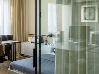 """Квартира 89 м2, в жилом комплексе """"Английский квартал"""": Спальни в . Автор – Дизайн-бюро Галины Микулик"""