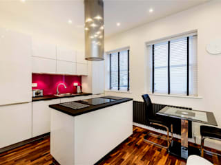 High gloss GLAMOUR Kitchen, Marylebone W1 โดย Schmidt Palmers Green โมเดิร์น
