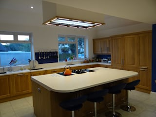 Retail Kitchen: classic  by Price Kitchens, Classic