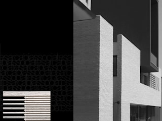 ARCABI ASSOCIATES Modern houses