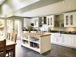Shaker kitchen by Harvey Jones: classic Kitchen by Harvey Jones Kitchens