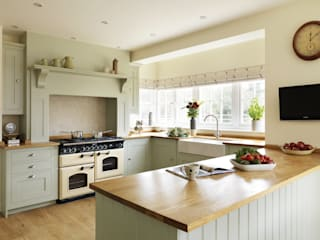 Our Kitchens Classic style kitchen by Harvey Jones Kitchens Classic