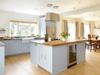 Painted Shaker kitchen by Harvey Jones Harvey Jones Kitchens Cucina moderna