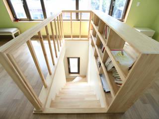 Modern corridor, hallway & stairs by 주택설계전문 디자인그룹 홈스타일토토 Modern